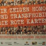Wir zeigen Homo- und Trans*phobie die rote Karte